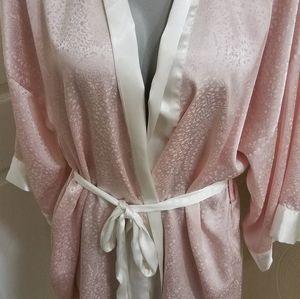 VS Victoria's secret pink white robe